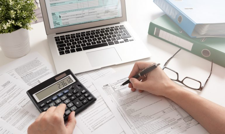 5 Reasons To Have A Bookkeeper